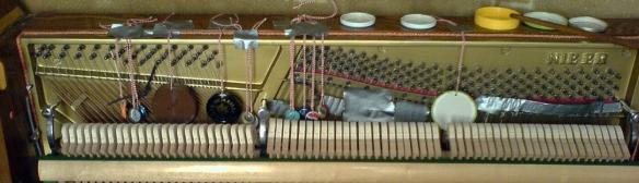 dans pianoCROP